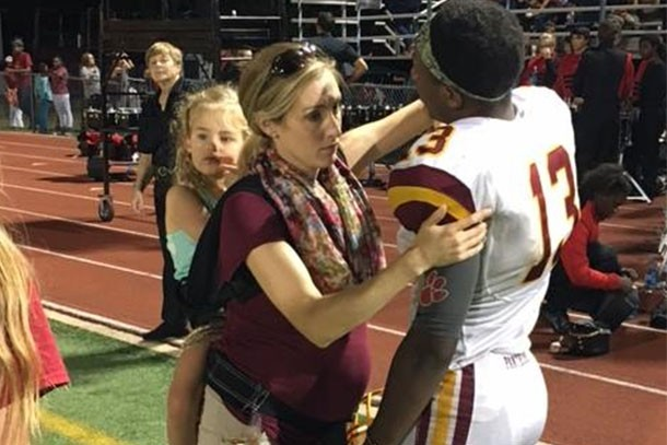 this-pregnant-working-mums-picture-went-viral-but-how-does-it-make-you-feel_162118