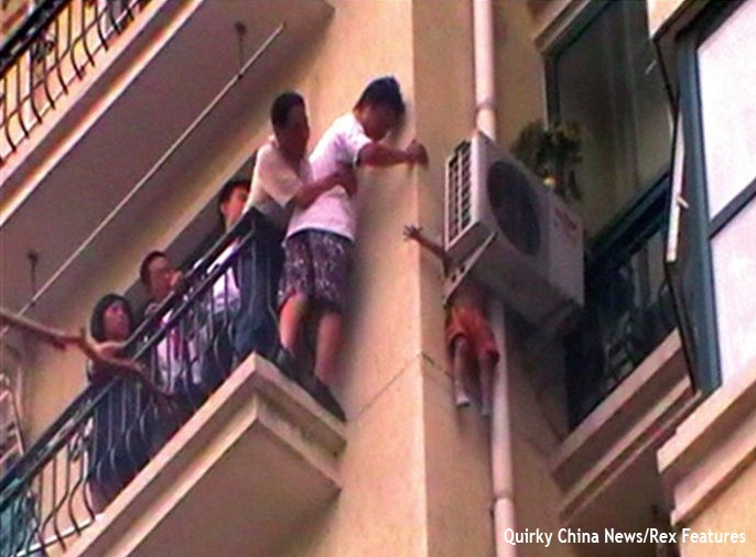three-year-olds-amazing-escape-from-8th-floor-tower-block-fall_22796