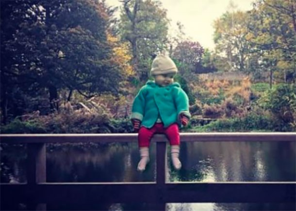 toddler-climbs-banisters-and-drives-down-dublin-motorway-with-dads-help_lake