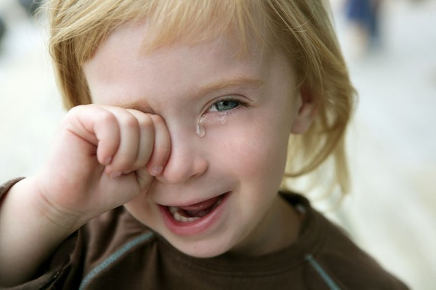 toddler-could-die-if-she-cries_8329