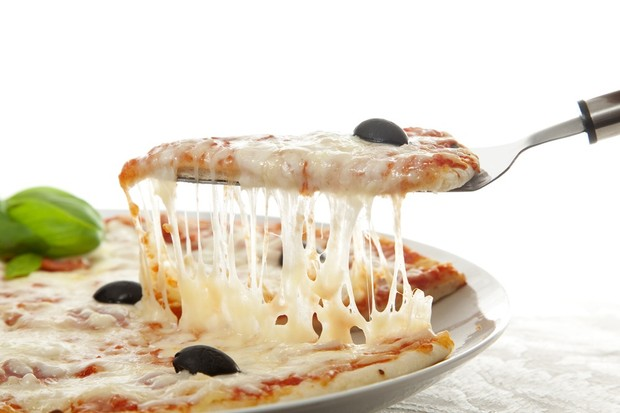 toddler-dairy-allergy-sufferer-so-allergic-he-cant-even-handle-the-smell-of-pizza_19305
