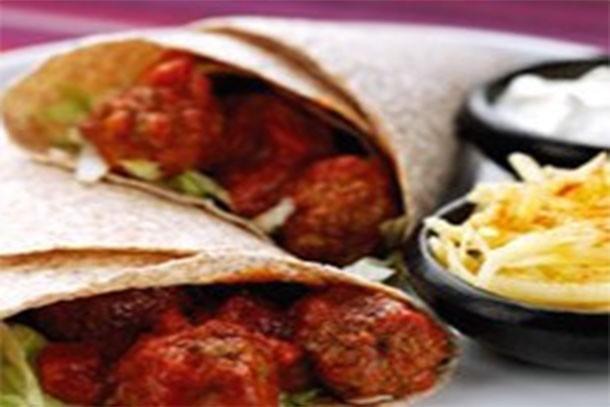 tomato-meatball-wraps_138847