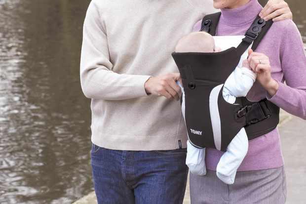 66fba318ba4 Tomy Premier Detachable - Baby carriers - Carriers   slings ...