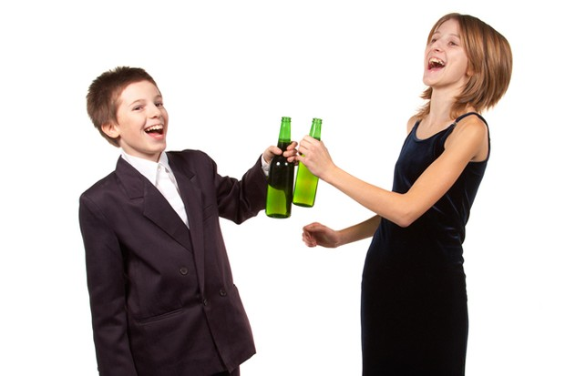uk-parents-relaxed-about-their-children-trying-drink-drugs-and-sex_16261
