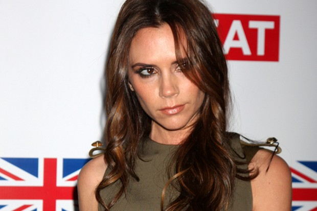 victoria-beckham-forgets-brooklyn-on-the-school-run_36915