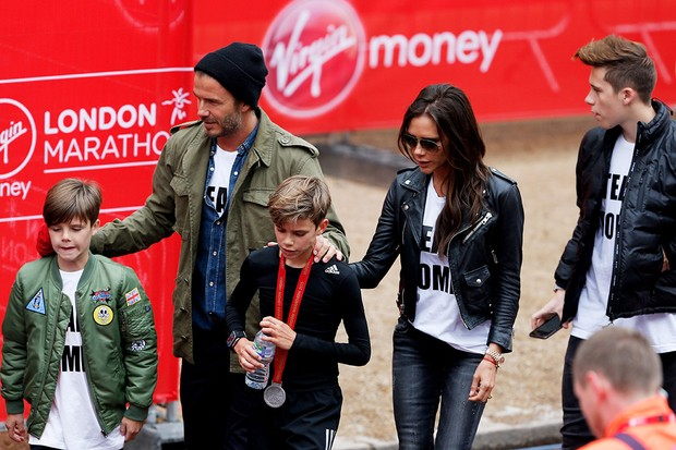 victoria-beckham-leads-american-mothers-day-posts-with-open-letter-to-her-children_88750