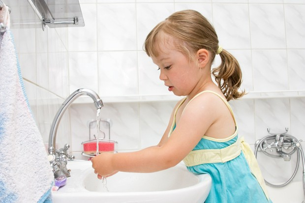 wash-hands-today-and-every-day-children-told_16548