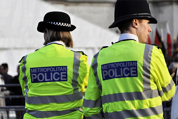 watch-out-if-youre-a-police-officer-or-lawyer-youre-a-rubbish-parent-apparently_60839