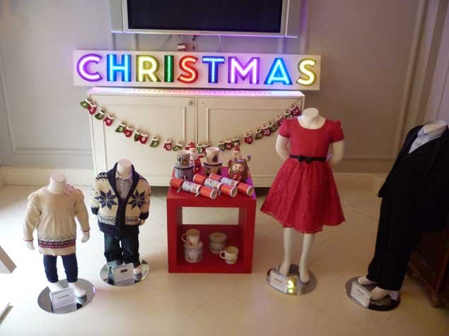 we-heart-debenhams-this-christmas-_25445