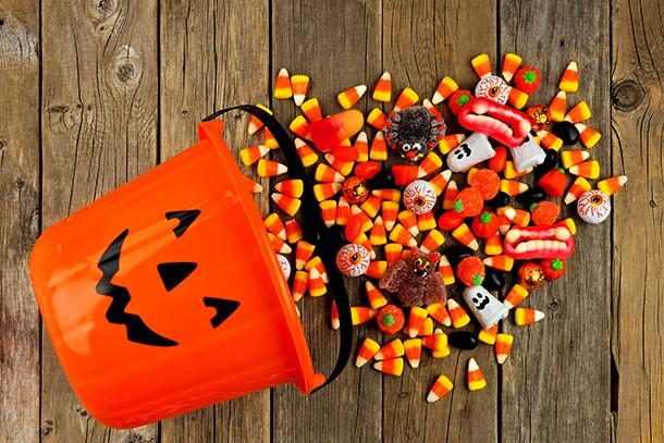 what-age-stop-trick-or-treating_210604