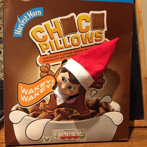 what-real-mums-are-doing-with-their-elf-on-the-shelf_139210