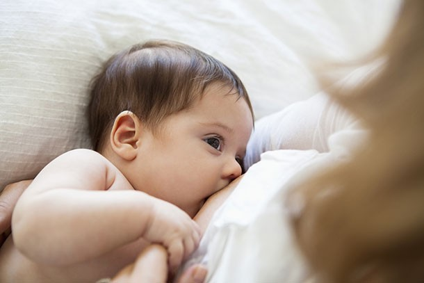 what-to-eat-when-youre-breastfeeding_breastfeeding1
