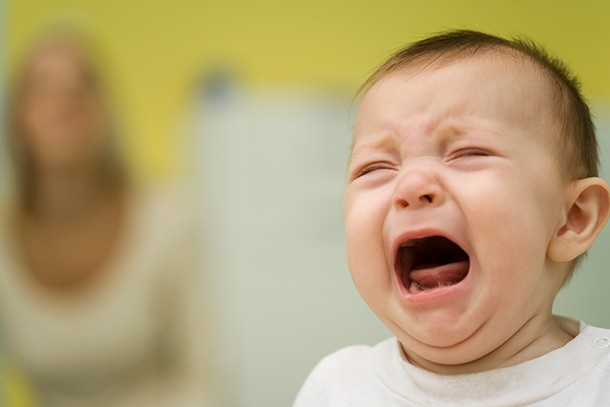 what-to-expect-after-your-babys-had-injections_cryingbaby