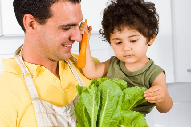 who-are-the-fussiest-eaters-of-them-all-dads-or-children_45944