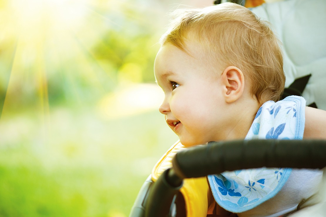 why-covering-your-babys-pram-with-a-blanket-could-put-their-life-at-risk_126820