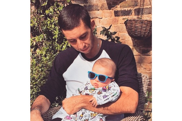 why-example-is-setting-a-good-um-example-with-baby-sunglasses_86426