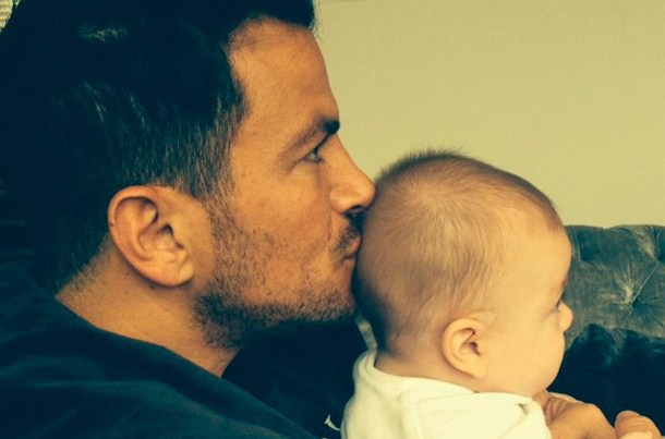 why-peter-andre-isnt-living-with-his-new-baby_61635