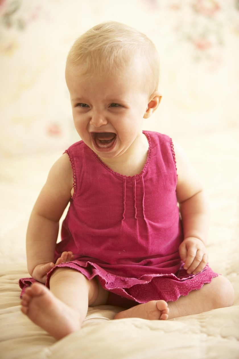 why-your-baby-is-crying-when-hes-6-to-12-months-old_71