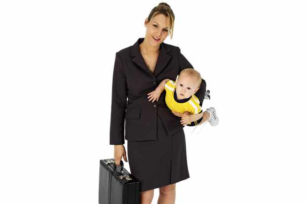 women-without-children-believe-they-work-harder-than-working-mums_49095