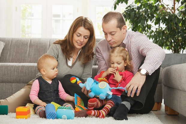 work-commitments-preventing-families-from-spending-time-together_16967