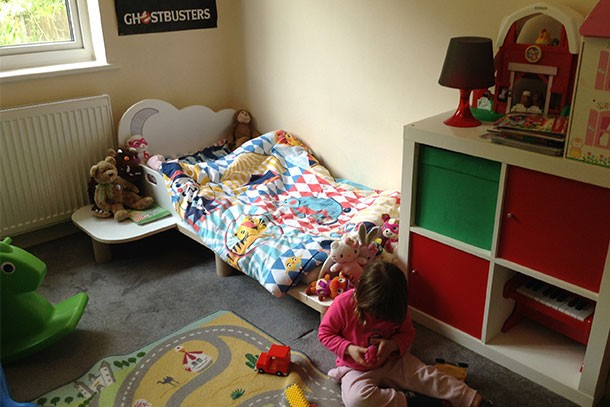 worlds-apart-hellohome-starbright-toddler-bed_hellohomestarbrightbed04