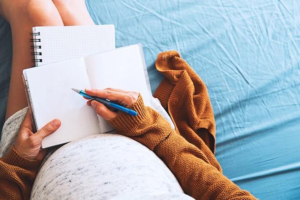 writing-your-birth-plan_217673