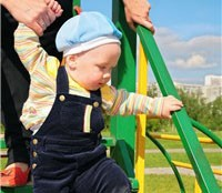 your-toddler-at-14-months_4710