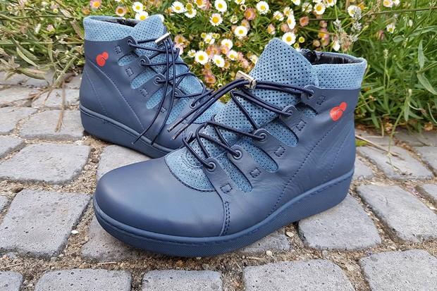 pregnidos-shoes-2