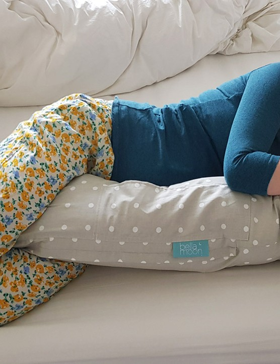 pregnancy-pillow-sleep