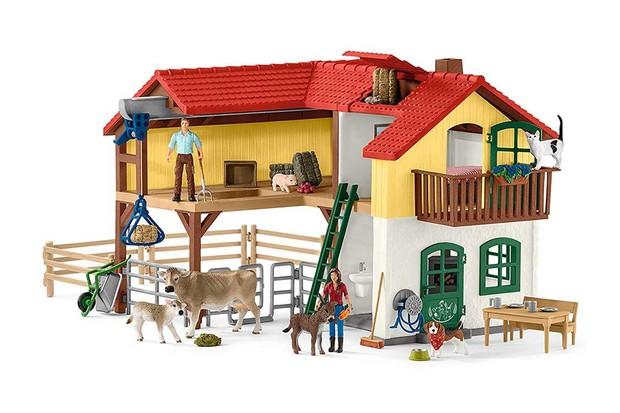 6-Schleich-Large-Farm-House