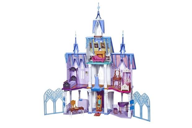 Frozen-2-Arendelle-Castle