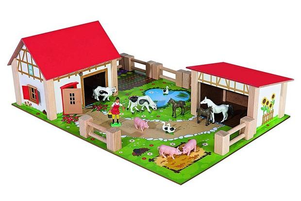 Schleich-Large-Farm-House