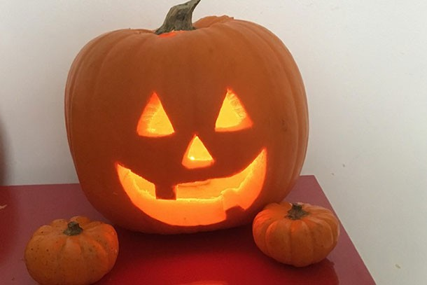 simple jack o lantern pumpkin