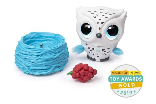 owleez with Gold MadeForMums Toy Awards badge