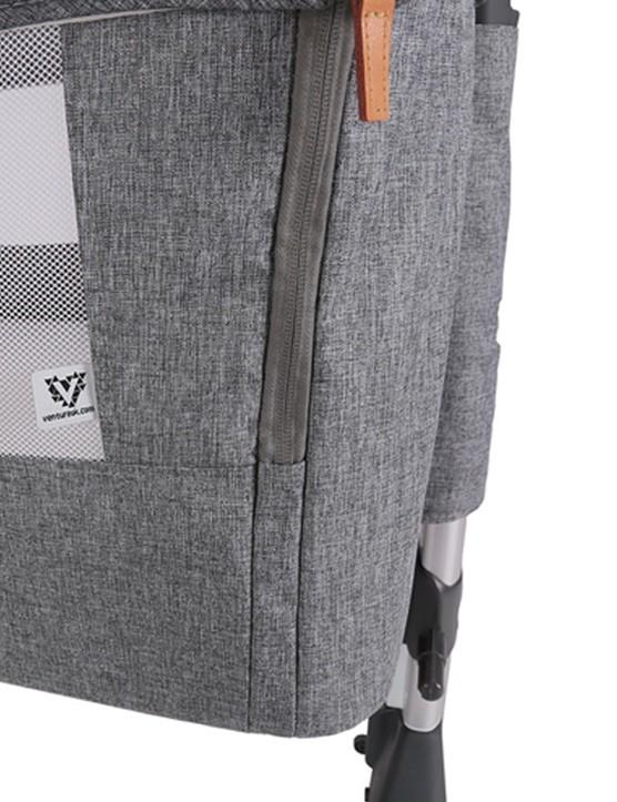 Venture hush crib side zip