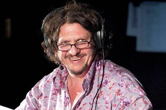 Food Critic Jay Rayner Defends Bbc, Bbc Radio 4 Kitchen Cabinet Twitter