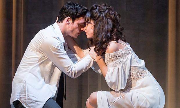 Romeo And Juliet Balcony Scene Romeo and Juliet starr...