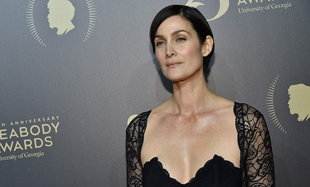 Carrie-Anne Moss Nude Photos 45
