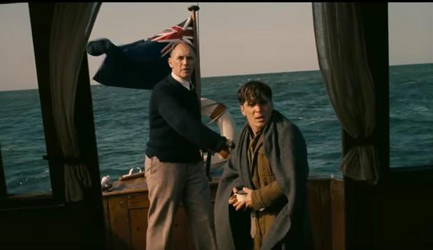 Dunkirk trailer: Cillian Murphy, Tom Hardy, Harry Styles ...