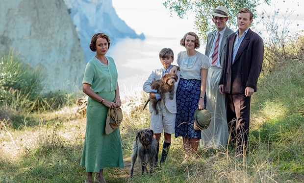 The Durrells On Itv Did You Know That Alexis Georgoulis Who Plays Spiros Is An A List Celebrity In Greece Also The Durrells In Corfu On Pbs Masterpiece In The Us Bbc First #the durrells #alexis georgoulis #keeley hawes #louisa x spiros #long post #mine #i. radio times