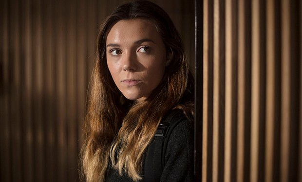 Synnove Karlsen as Holly in Clique Series 1