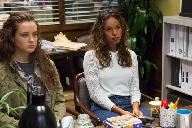 Hannah Baker dan Jessica dalam 13 Reasons Why