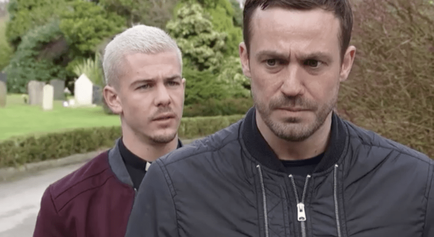 Hollyoaks spoilers warren buries barts body in amys grave png 620x413 Amys  body 9c7d9e189