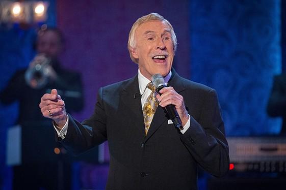 Bruce Forsyth Singing