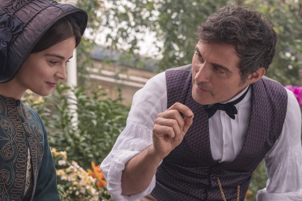 Rufus Sewell Victoria Series 2