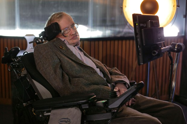 14137181-high_res-the-search-for-a-new-earth-with-stephen-hawking