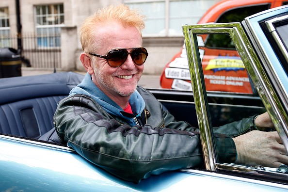 Chris Evans in car MAIN