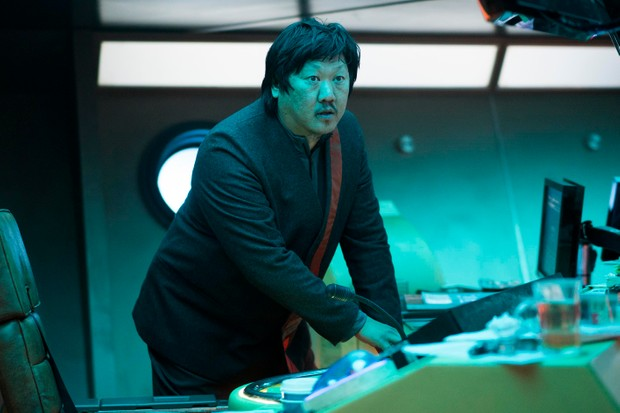 Benedict Wong as Andrews in Electric Dreams