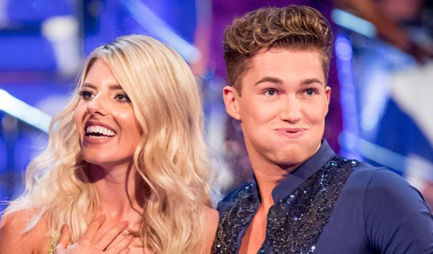 Who is hookup who on strictly come dancing
