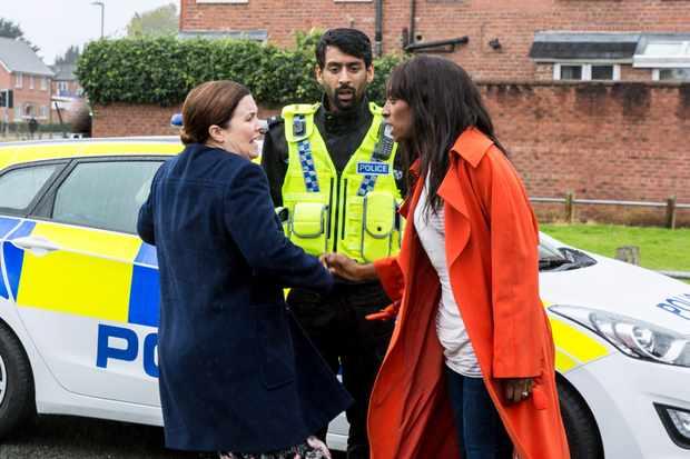 08_11_CORO_MARY_ANGIE_POLICE_01